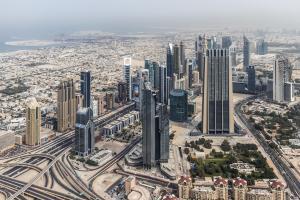 I leader degli Emirati Arabi Uniti approvano i progetti per i prossimi 50 anni